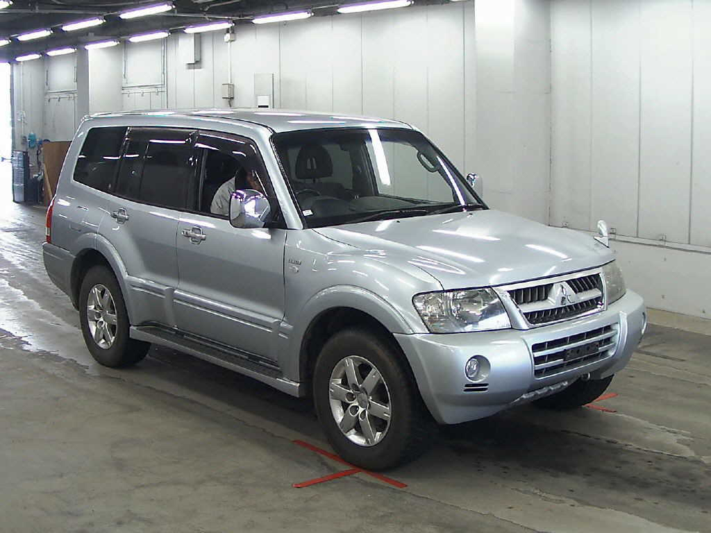 mitsubushi pajero algys autos direct imports from japan best UK prices of Mitsubushi Pajero for sale in the UK. 3200cc TDi